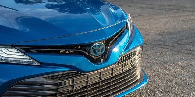 Toyota triệu hồi hàng loạt xe vì lỗi bơm nhiên liệu, Lexus cũng góp mặt - Ảnh 1.