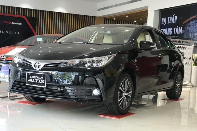 Rộ tin Toyota Corolla Altis bị khai tử tại Việt Nam, thay thế bằng SUV đối thủ Honda CR-V - Ảnh 1.