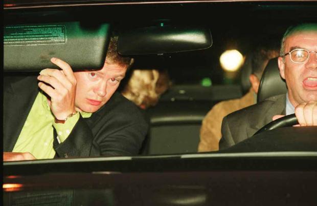 Người duy nhất sống sót trong tai nạn thảm khốc của Công nương Diana: Phải phẫu thuật khuôn mặt, bị kiện tụng và thuyết âm mưu bủa vây hơn 2 thập kỷ - Ảnh 4.