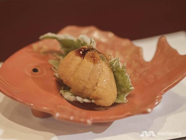 13.Sở hữu 2 sao Michelin nhờ kỹ thuật chiên tempura hoàn hảo nhưng đầu bếp người Nhật từng bị đuổi khỏi nhà vì quyết theo đuổi nghề nấu ăn - Ảnh 4.