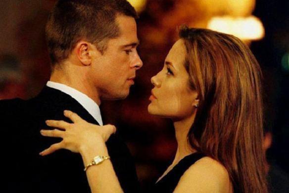 Brad Pitt - Jennifer Aniston: Chuyện tình khiến thế giới ghen tị kết thúc vì ồn ào ngoại tình, sau 15 năm gặp lại ánh mắt vẫn như xưa  - Ảnh 5.