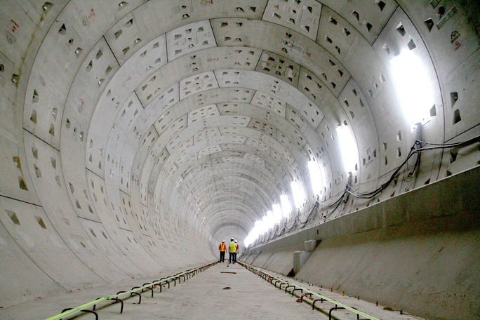 Cận cảnh metro số 1 sắp ra mắt tại TP HCM - Ảnh 6.