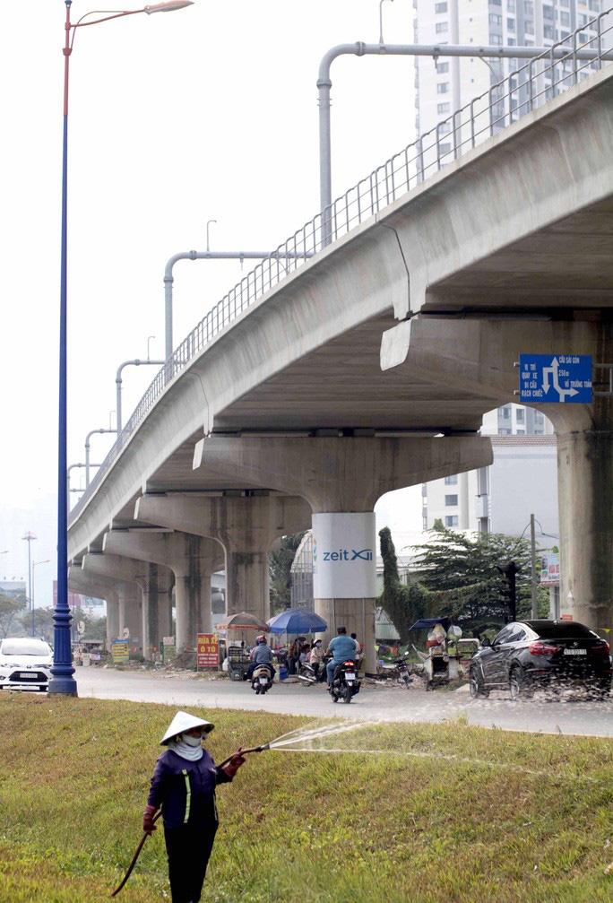 Cận cảnh metro số 1 sắp ra mắt tại TP HCM - Ảnh 10.