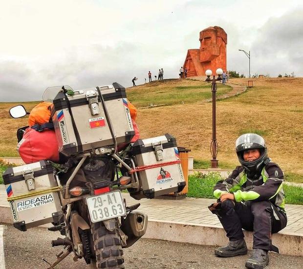 Đầu xuân, gặp cụ ông 66 tuổi đi xe máy qua 39 quốc gia, 40 vùng lãnh thổ: Vì tôi mơ mộng về cái thời trai trẻ mà tất cả chúng ta ai cũng từng có - Ảnh 21.