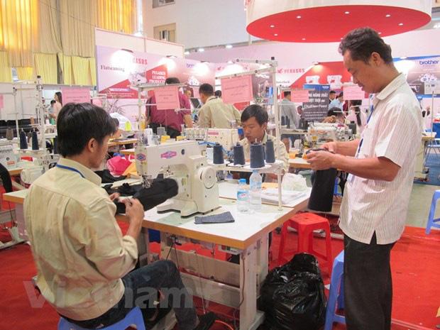 Hành trình đưa Việt Nam vào top 3 xuất khẩu dệt may thế giới - Ảnh 2.