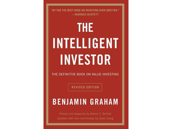 Những cuốn sách viết về kinh doanh có tầm ảnh hưởng lớn nhất từ trước đến nay, được Warren Buffett và Bill Gates khuyên đọc - Ảnh 2.