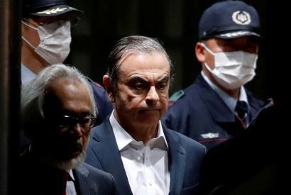 Từ huyền thoại, siêu anh hùng ngành ô tô khiến bao người ngưỡng mộ, vì đâu cựu CEO Nissan vướng vòng lao lý, trở thành tội phạm bị truy nã toàn thế giới? - Ảnh 2.