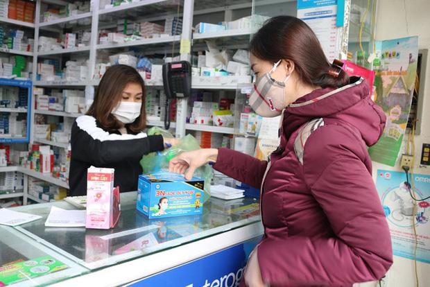 Hải Phòng: Thị trường khẩu trang loạn giá vì virus Corona hoành hành tại Trung Quốc - Ảnh 5.