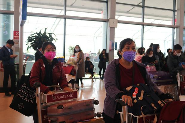 Hải Phòng: Thị trường khẩu trang loạn giá vì virus Corona hoành hành tại Trung Quốc - Ảnh 7.