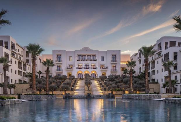 5 thương hiệu khách sạn – nghỉ dưỡng xa xỉ bậc nhất thế giới hiện nay, chỉ dân có tiền mới dám mơ ước đặt chân đến - Ảnh 1.