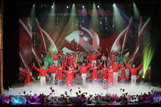 Vang mãi giai điệu Tổ Quốc 2020 chào đón thập niên mới, vận hội mới của dân tộc - Ảnh 6.