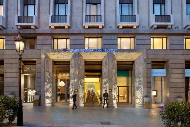 5 thương hiệu khách sạn – nghỉ dưỡng xa xỉ bậc nhất thế giới hiện nay, chỉ dân có tiền mới dám mơ ước đặt chân đến - Ảnh 8.