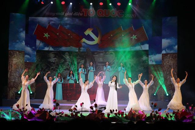 Vang mãi giai điệu Tổ Quốc 2020: Dâng Đảng những cung đàn mùa xuân - Ảnh 5.