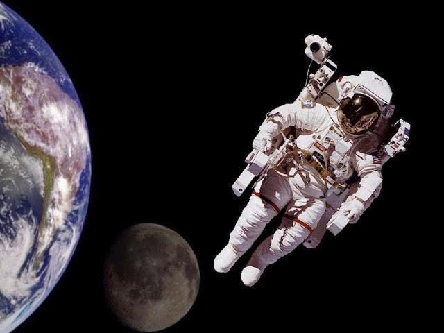 Cuộc sống ngoài không gian của phi hành gia nhọ nhất thế giới: Tôi vẫn nghe nhạc, ngắm nhìn Trái Đất và trò chuyện với vợ mỗi tuần - Ảnh 1.