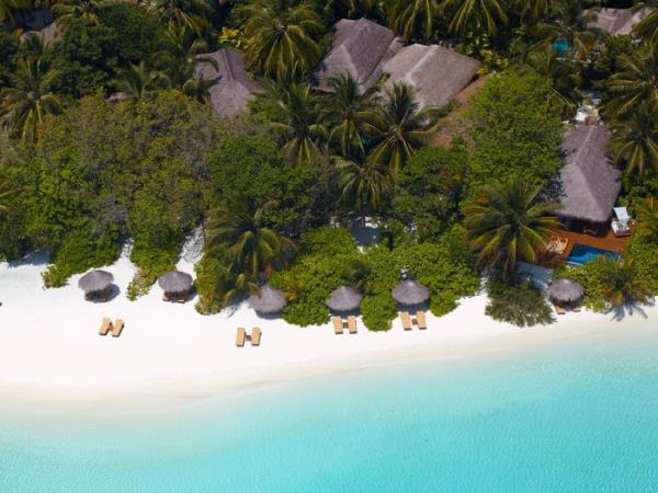 Khu nghỉ dưỡng lãng mạn nhất thế giới, giá gần trăm triệu đồng/đêm có gì? - Ảnh 1.