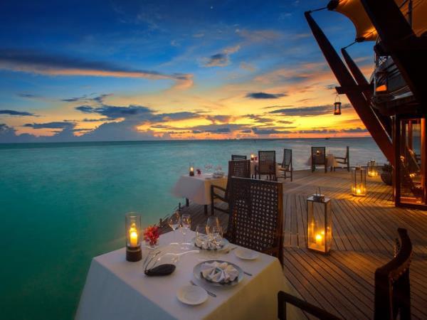Khu nghỉ dưỡng lãng mạn nhất thế giới, giá gần trăm triệu đồng/đêm có gì? - Ảnh 13.