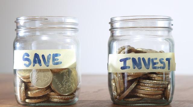 Lời khuyên làm giàu của kẻ không xu dính túi trở thành doanh nhân sở hữu 300 triệu USD: Ở bên những người có tiền và luôn tìm cách để... nhẵn túi! - Ảnh 4.