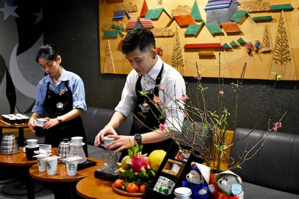 """Vì sao Starbucks phát triển """"khiêm tốn"""" tại Việt Nam? - Ảnh 2."""
