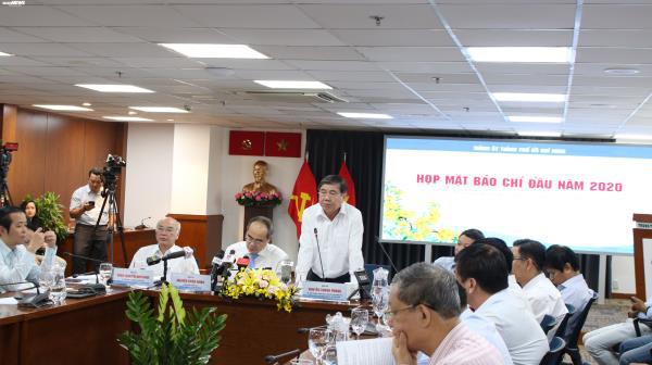 Chủ tịch TP.HCM: Cố gắng đền bù cho dân Thủ Thiêm trong quý I/2020 - Ảnh 1.