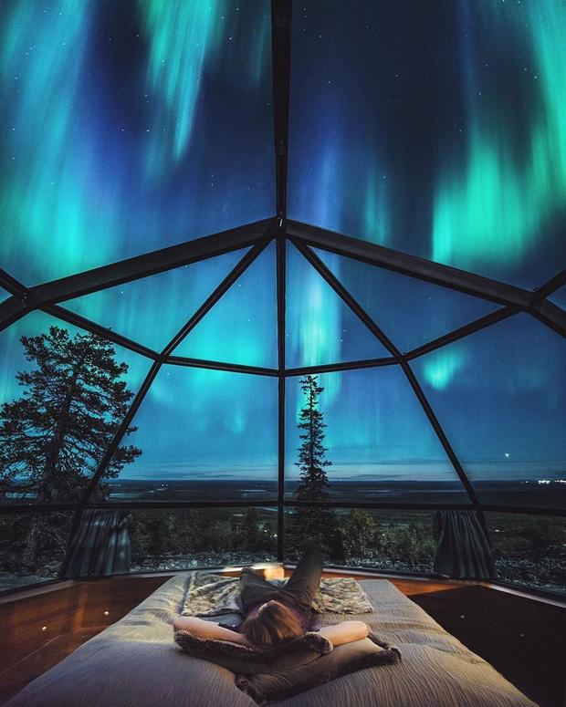Khách sạn có view đắt giá nhất thế giới chính là đây: Nhà kính 360 độ tha hồ cho khách ngắm Bắc cực quang đẹp như một giấc mơ - Ảnh 3.