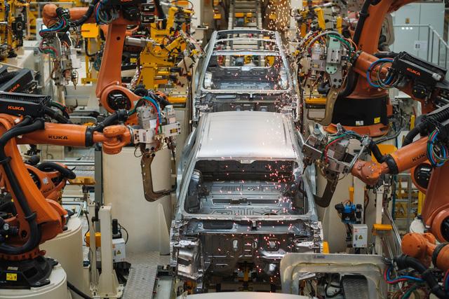 Virus Corona - Đòn đau tới toàn ngành công nghiệp ô tô - Ảnh 1.