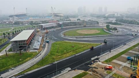 Chưa đầy 2 tháng nữa sẽ diễn ra chặng đua F1 Vinfast Vietnam: Tốc độ thi công thần tốc, Giám đốc đường đua F1 Michael Masi cũng phải bất ngờ - Ảnh 4.