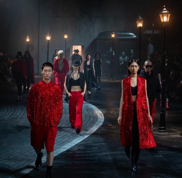Công xưởng thế giới khốn khổ vì bão virus corona, các thương hiệu thời trang xa xỉ sẽ phải tồn tại như thế nào? - Ảnh 2.