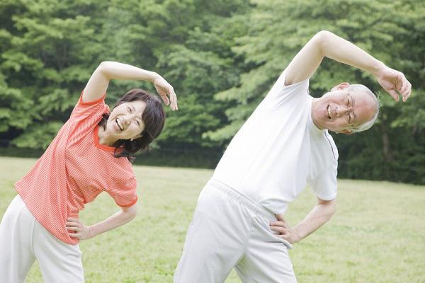 Bs Trương Hữu Khanh: Không nên giảm tập thể dục vì lo dịch bệnh virus corona, môn thể thao nào cũng tốt cho hệ miễn dịch, nâng cao sức đề kháng - Ảnh 2.