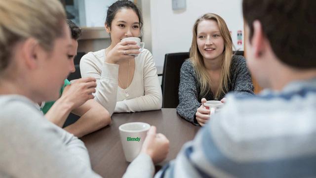 Chuyên gia nhận định: Thờ ơ đồng nghiệp giúp dân công sở giảm stress đáng kể - Ảnh 4.