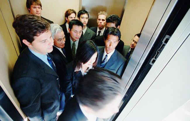thang máy cho tòa nhà văn phòng