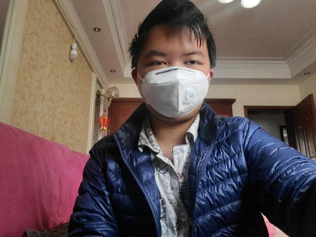 Chia sẻ của người sống sót về virus corona: Vào thời điểm đau đớn nhất, tôi đã nghĩ rằng mình sẽ chết ư? - Ảnh 4.