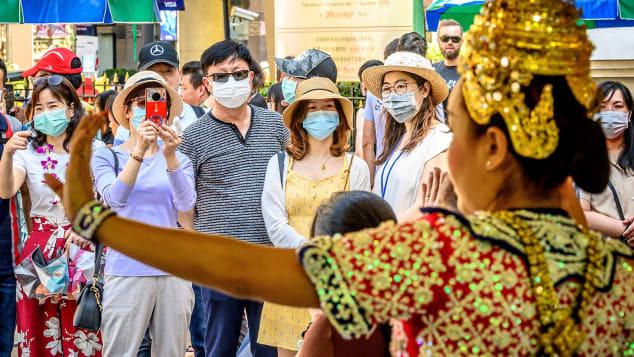 CNN: Đây là lý do người Trung Quốc hắt hơi, du lịch toàn cầu bị cảm lạnh, và Việt Nam cũng không tránh khỏi bị ảnh hưởng nặng!  - Ảnh 2.