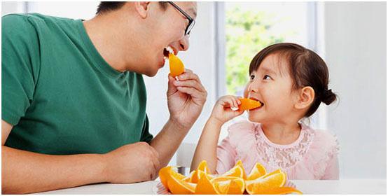 Trong vòng 1 giờ sau khi ăn cam, tuyệt đối không động vào thực phẩm này tránh rước họa - Ảnh 2.