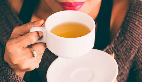 3 thói quen sau khi thức dậy vào buổi sáng có thể gây tổn thương trầm trọng cho gan - Ảnh 2.