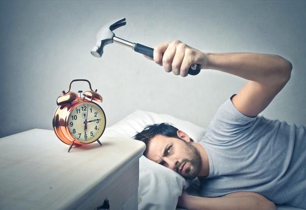Giải pháp cho người ngủ nướng: Đặt báo thức bằng giai điệu bài hát giúp bạn mau tỉnh táo, bớt uể oải hơn so với tiếng chuông mặc định - Ảnh 2.
