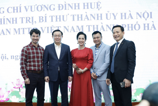 Bí thư Hà Nội Vương Đình Huệ: Chống dịch Covid-19, chúng ta phải xác định bảo vệ được Hà Nội là bảo vệ được cho cả nước - Ảnh 3.