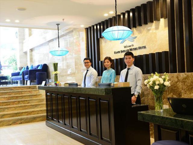 """""""Ngấm đòn"""" Covid-19, gom trả tiền điện còn khó khăn, một khách sạn tại Hà Nội buộc phải cho nhân viên nghỉ việc 4 tháng: Trợ cấp 1,5 triệu đồng/người/tháng, lương sếp cũng như nhân viên - Ảnh 2."""
