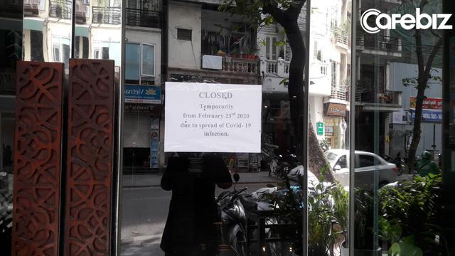 Khách sạn tại Hà Nội lao đao vì Covid-19: Giảm 50-60% giá phòng giữa mùa cao điểm, có nơi phải đóng cửa vì gần 3 tháng nay tổn thất lên tới 20 tỷ đồng - Ảnh 1.