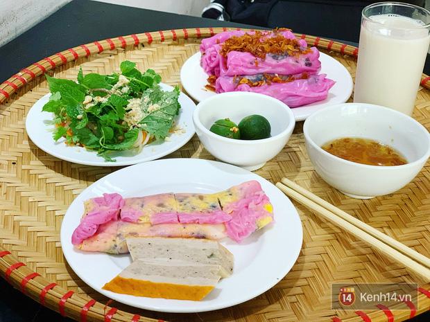 Sự thật về bánh cuốn thanh long hót họt ở Hà Nội: quán vắng nhưng đơn ship hàng thì ùn ùn, làm không kịp nghỉ tay - Ảnh 8.