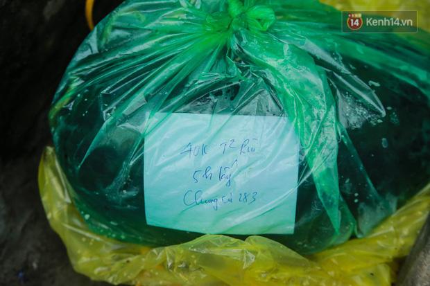 Không thể xuất khẩu do virus corona, dưa hấu được mang về thủ đô giải cứu với mức giá siêu rẻ 8.000 đồng/kg - Ảnh 14.