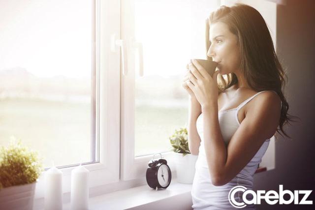 Trâu chậm uống nước đục: Thức dậy từ 5 giờ sáng mỗi ngày để thành công sớm hơn những người thích nuông chiều bản thân - Ảnh 1.