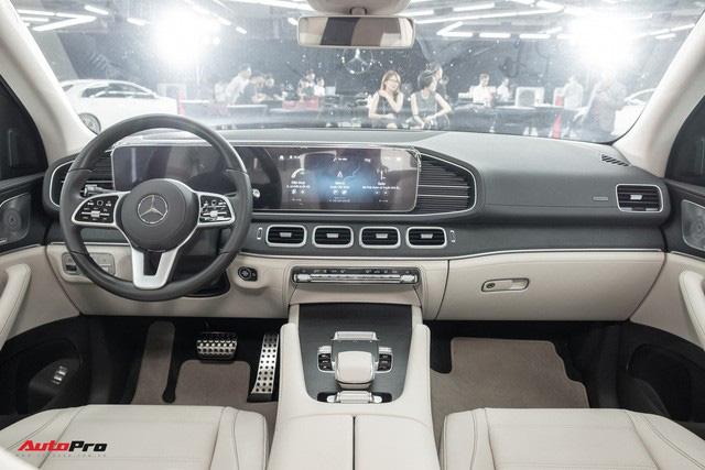 Mercedes-Benz GLS 2020 bị chê cắt trang bị tại Việt Nam nhưng ít ai biết có cả tá 'option' ngoài mức giá 'rẻ' bất ngờ - Ảnh 2.