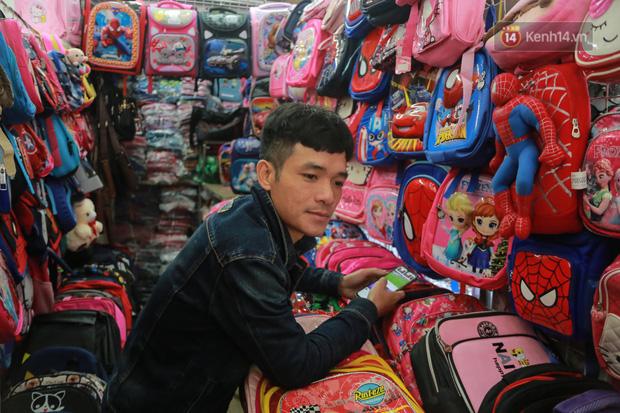 Ảnh: Cảnh tượng đìu hiu tại khu chợ lớn nhất Hà Nội trong mùa dịch Covid-19 - Ảnh 7.