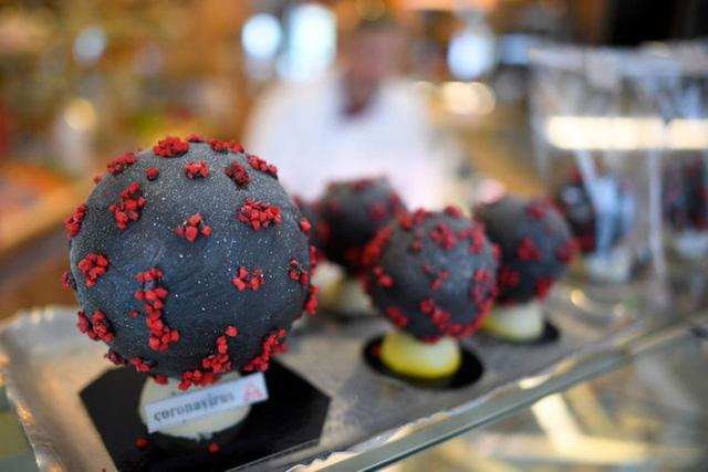 Cao thủ không bằng tranh thủ: Bắt sóng dịch Covid-19, chocolate corona virus bán chạy ở Pháp - Ảnh 2.