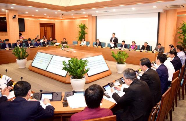 Bí thư Thành ủy Hà Nội: Thường trực, Ban Thường vụ Thành ủy luôn sát cánh, ủng hộ, tạo điều kiện thuận lợi nhất để các lãnh đạo, cán bộ làm việc thật tốt - Ảnh 2.