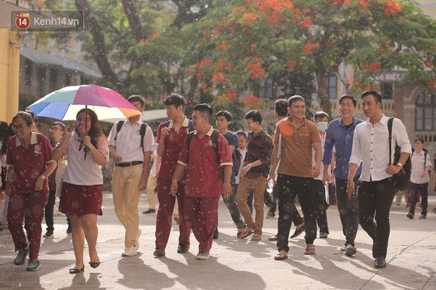 Nóng: TP.HCM chính thức cho học sinh các cấp nghỉ đến 5/4 - Ảnh 1.