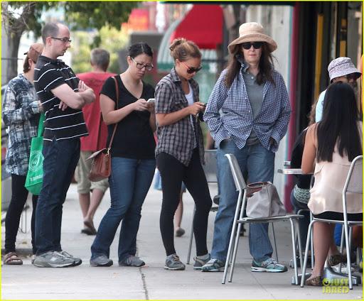 Chuyện chưa kể về bàn tay vàng Aleen Keshishian: Từ cô gái di cư cho tới bà trùm giải trí quyền lực nắm vô số bí mật của Jennifer Aniston, Selena Gomez - Ảnh 5.
