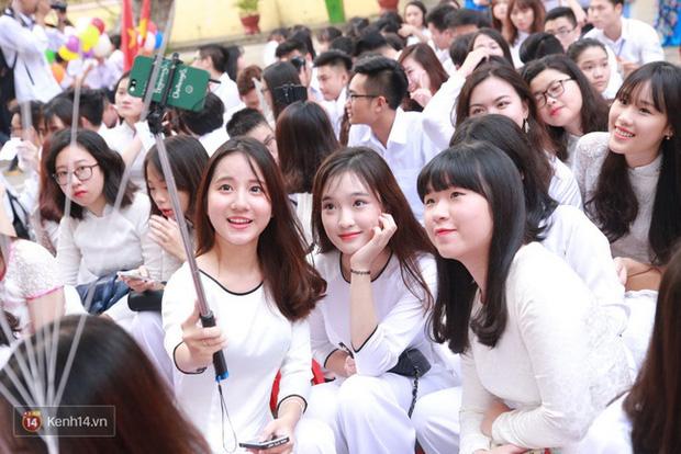 Sau khi xác định ca thứ 54 mắc Covid-19, Kiên Giang cho học sinh, sinh viên Phú Quốc nghỉ học - Ảnh 1.