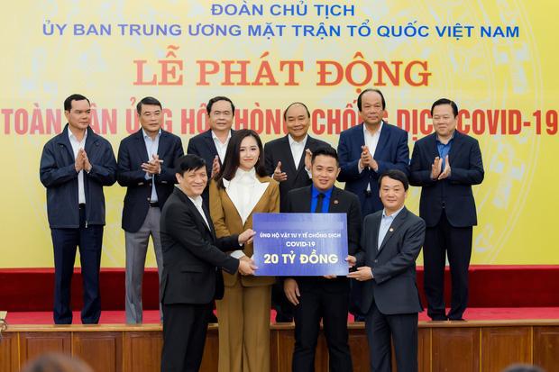 Mai Phương Thuý đại diện ủng hộ 20 tỷ đồng cho công tác phòng chống dịch Covid-19 - Ảnh 1.