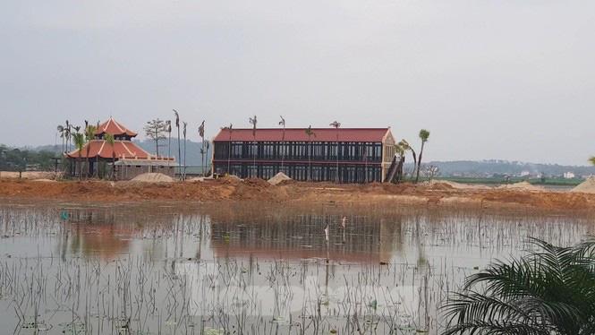 Bên trong dự án Vườn Vua hơn 1.400 tỷ vướng hàng loạt sai phạm ở Phú Thọ - Ảnh 2.